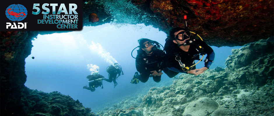 Cross Current Divers - PADI 5 Star Instructor Development Center